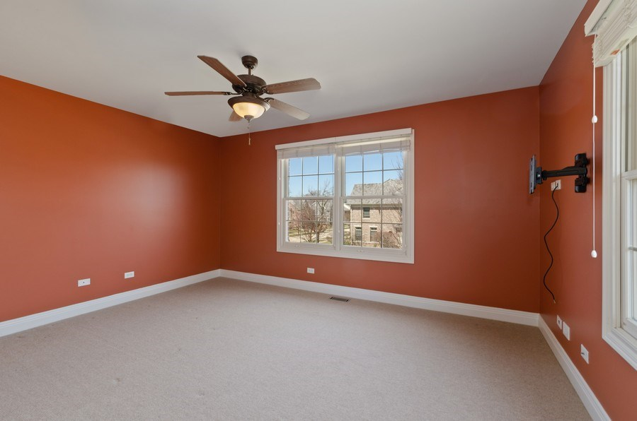 Real Estate Photography - 1601 Cabot Ln, Glenview, IL, 60026 - Bedroom