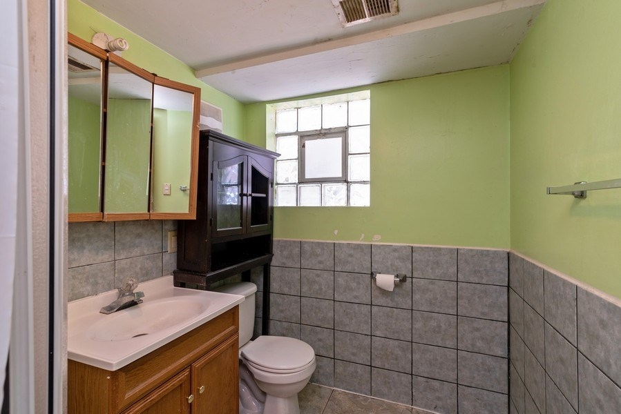 Real Estate Photography - 7825 W. Forest Preserve Drive, Chicago, IL, 60634 - 2nd Bathroom