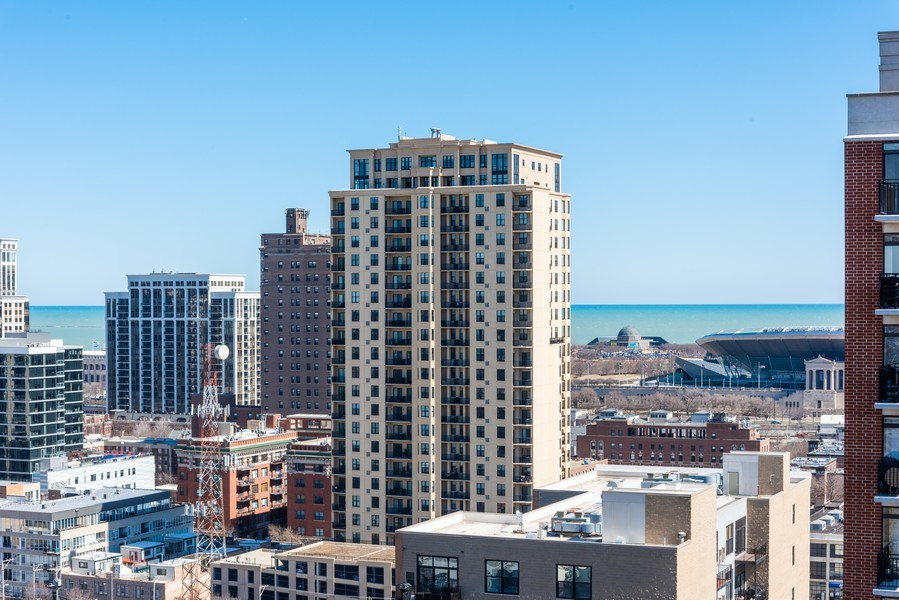 Real Estate Photography - 1530 S State 18 G, Chicago, IL, 60605 - Lake View