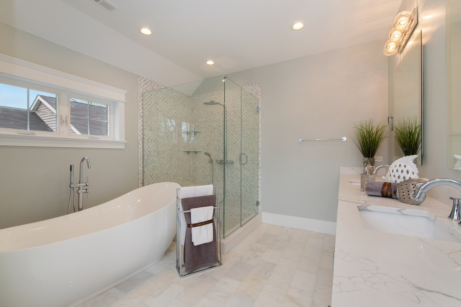 Real Estate Photography - 2241 Covert, Glenview, IL, 60025 - Master Bathroom