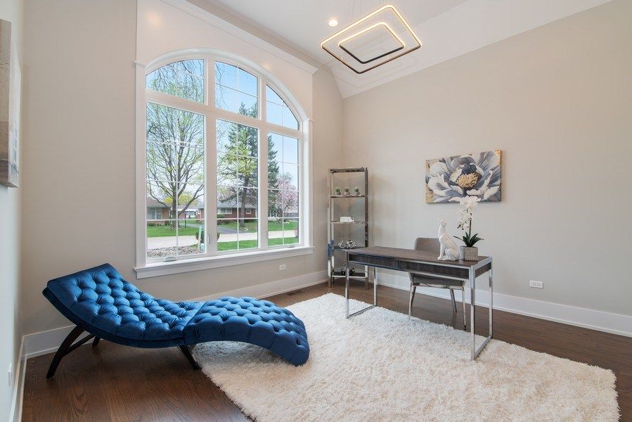 Real Estate Photography - 2241 Covert, Glenview, IL, 60025 - Office