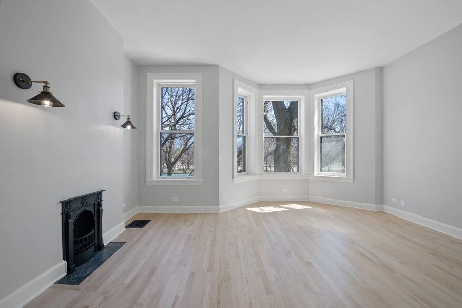 Real Estate Photography - 5408 S Kimbark Ave, Chicago, IL, 60615 - Living Room