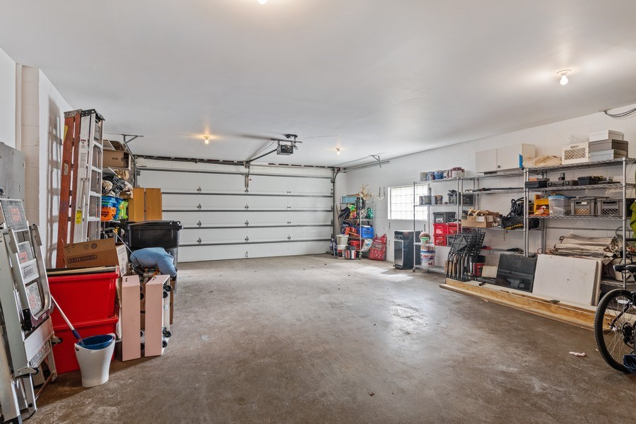 Real Estate Photography - 1939 N Hudson Ave, Chicago, IL, 60614 - Garage