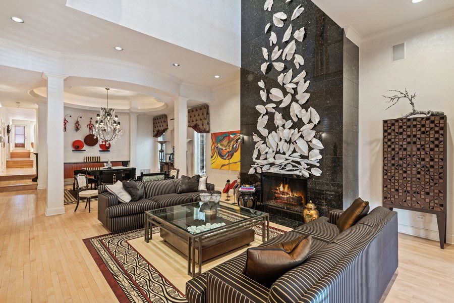 Real Estate Photography - 1939 N Hudson Ave, Chicago, IL, 60614 - Living Room/Dining Room