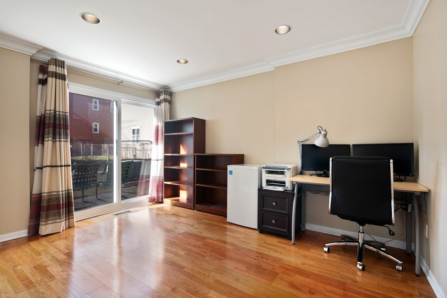 Real Estate Photography - 1833 Oakdale Ave Unit A, Chicago, IL, 60657 - First Floor Family Room