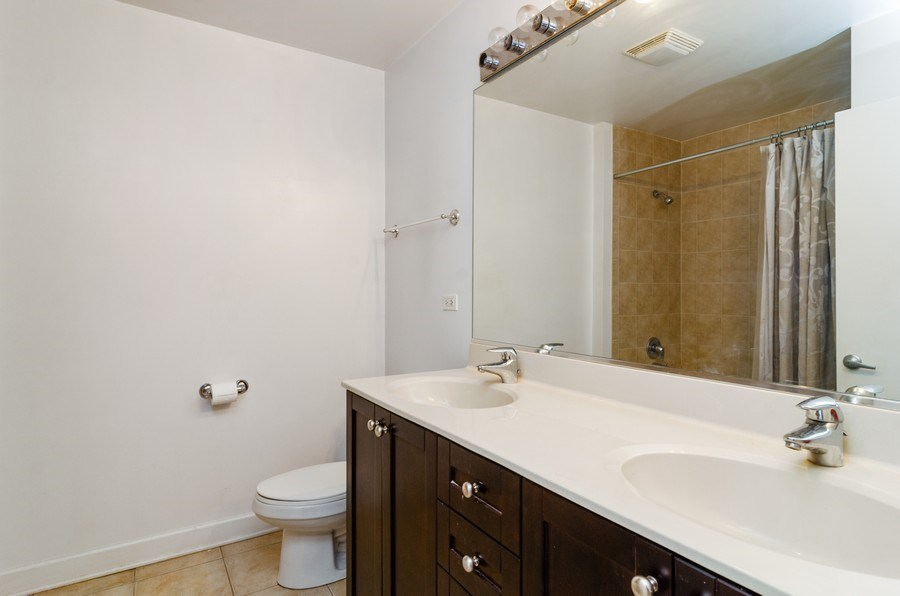 Real Estate Photography - 451 W Huron Ave, Unit 602, Chicago, IL, 60654 - Bathroom