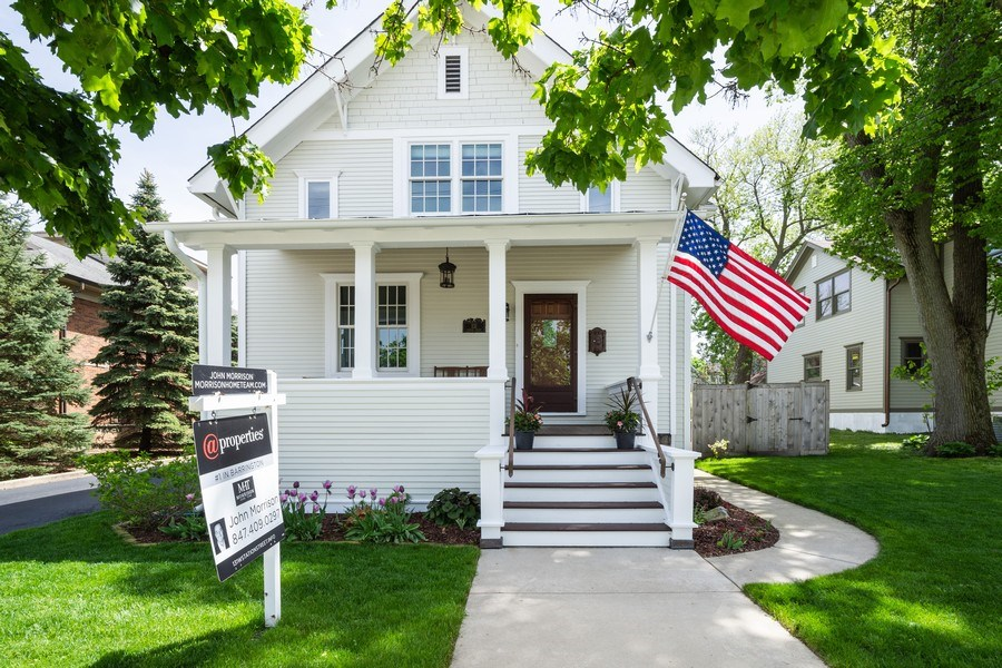 Real Estate Photography - 131 W Station St, Barrington, IL, 60010 - Front View