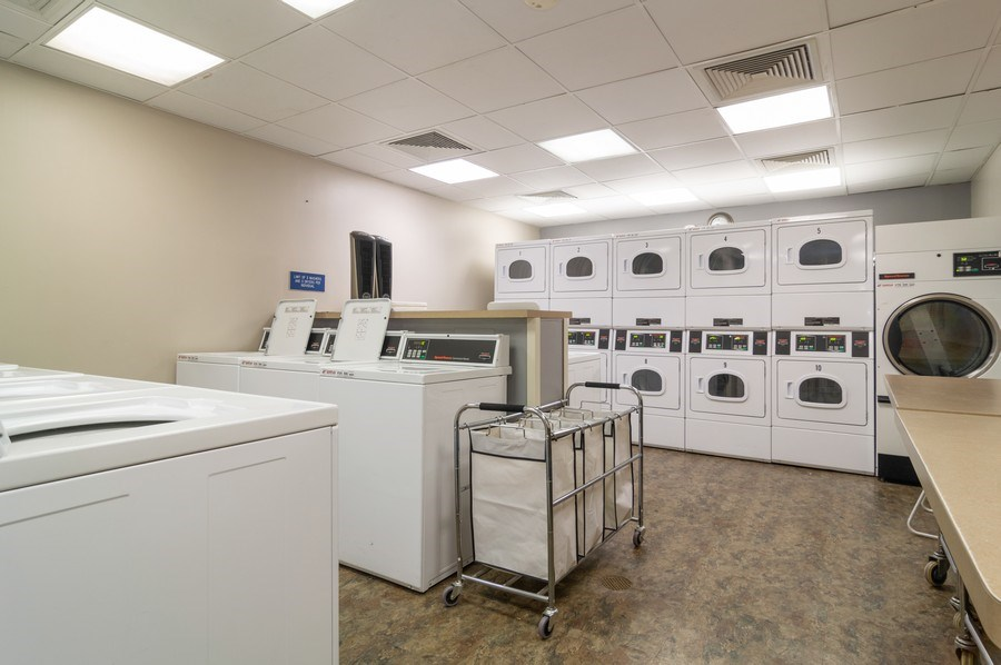 Real Estate Photography - 5100 N Marine Drive, unit 7D, chicago, IL, 60640 - Laundry Room
