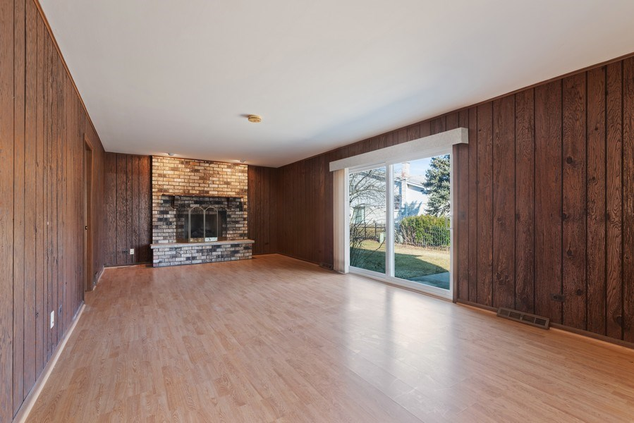 Real Estate Photography - 3612 Liberty Lane, Glenview, IL, 60025 - Family Room