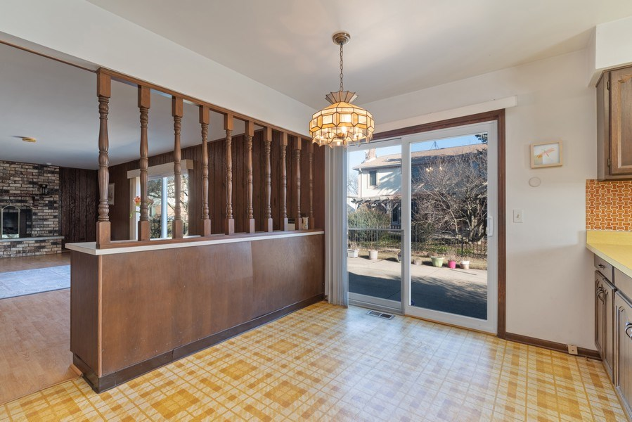 Real Estate Photography - 3612 Liberty Lane, Glenview, IL, 60025 - Breakfast Area