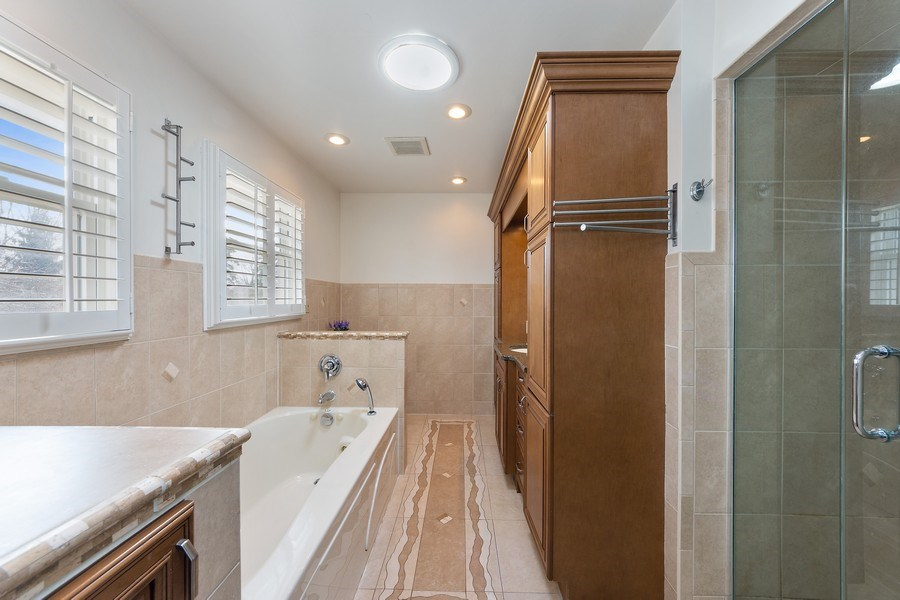 Real Estate Photography - 210 Roberts road, Inverness, IL, 60010 - Master Bathroom