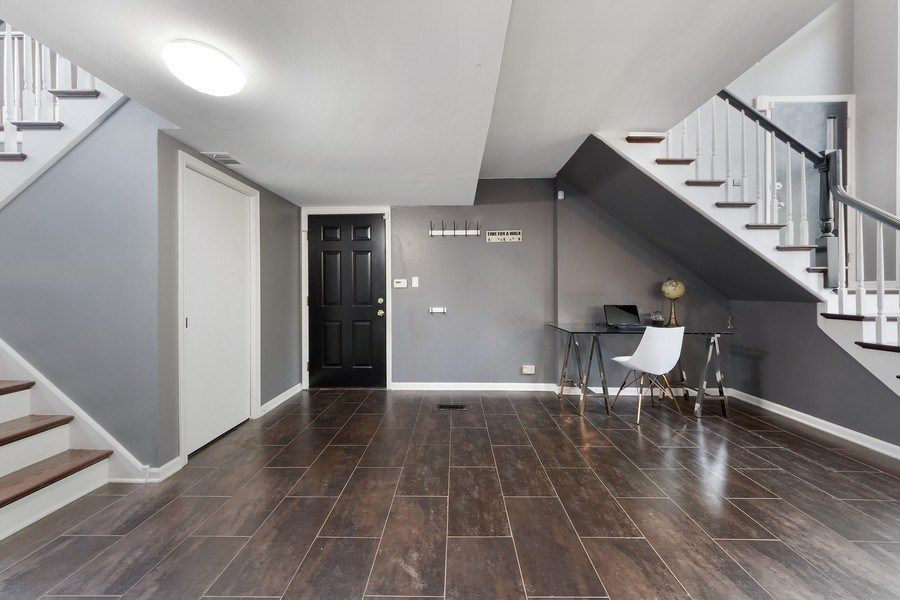 Real Estate Photography - 210 Roberts road, Inverness, IL, 60010 - Staircase