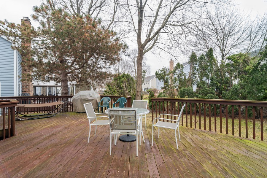 Real Estate Photography - 4234 N. Walnut Ave, Arlington Heights, IL, 60004 - Deck