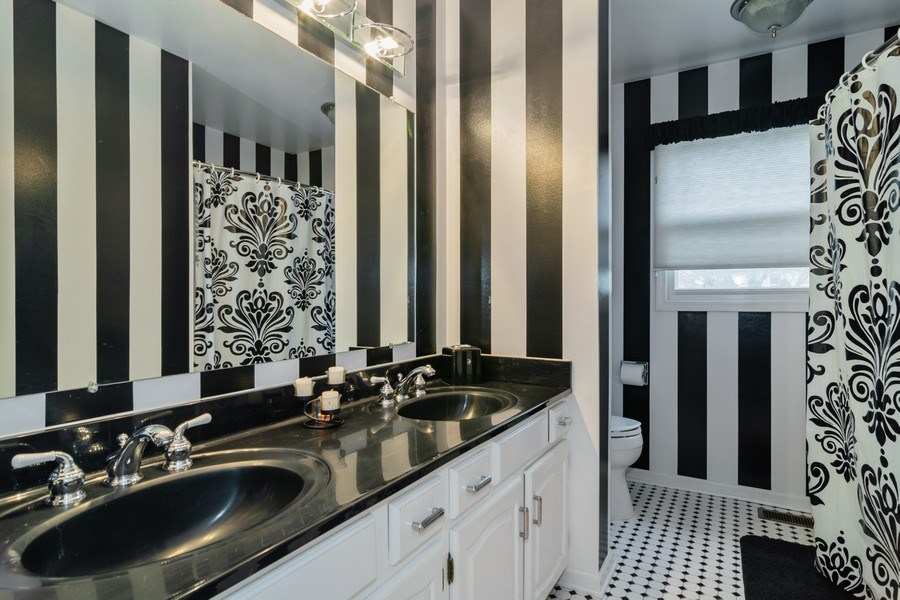 Real Estate Photography - 4234 N. Walnut Ave, Arlington Heights, IL, 60004 - Bathroom