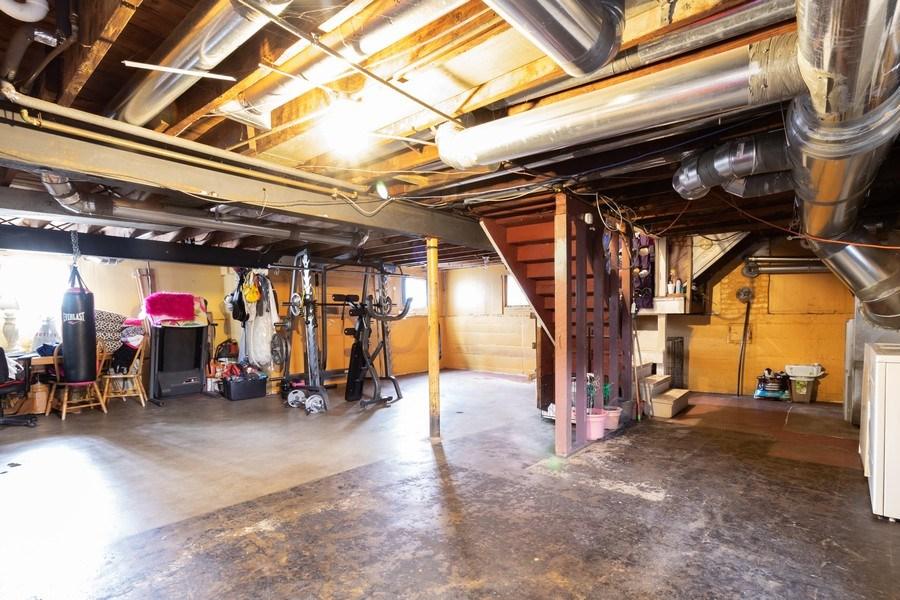 Real Estate Photography - 9141 S 54th Ct, Oak Lawn, IL, 60453 - Basement