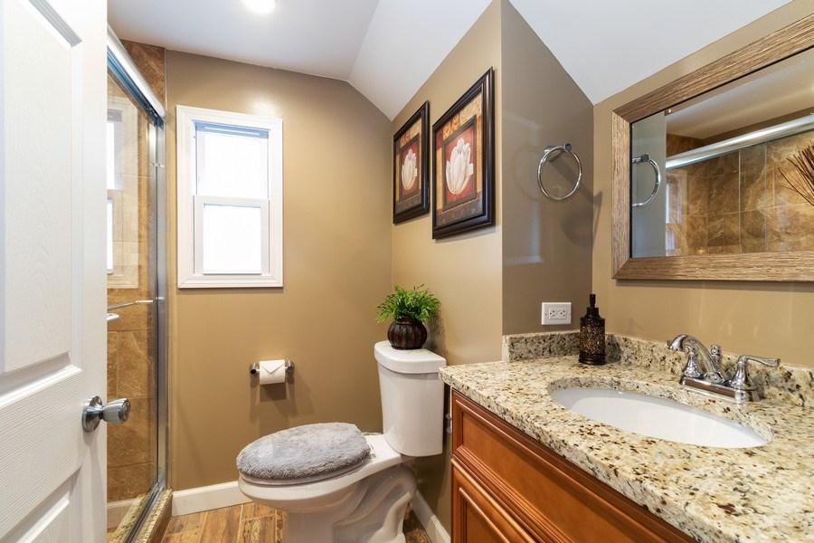 Real Estate Photography - 9141 S 54th Ct, Oak Lawn, IL, 60453 - Bathroom