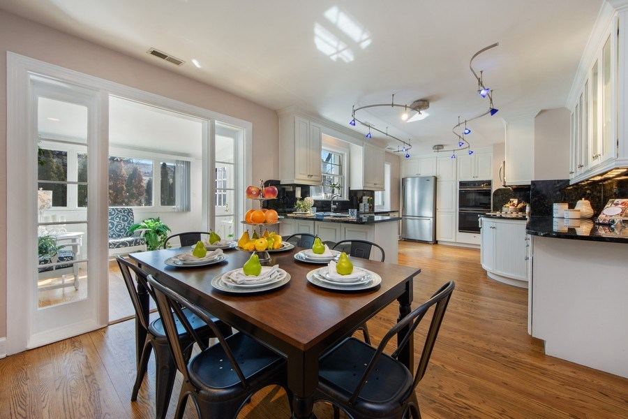 Real Estate Photography - 1115 N Patton, Arlington Heights, IL, 60004 - Kitchen / Breakfast Room