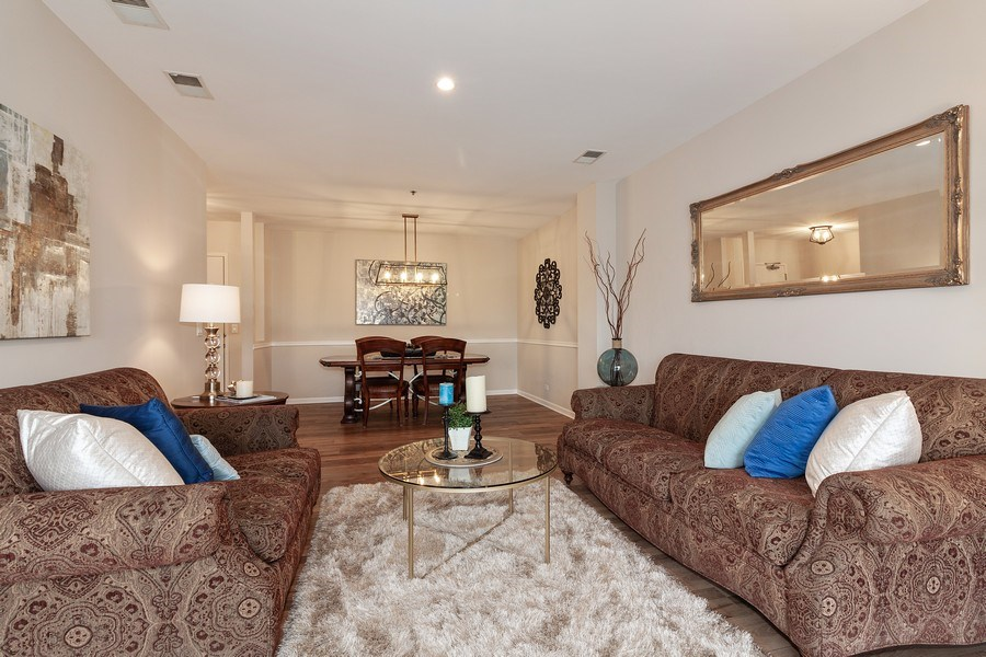Real Estate Photography - 140 Manchester Drive #405, Buffalo Grove, IL, 60089 - Living/Dining Room