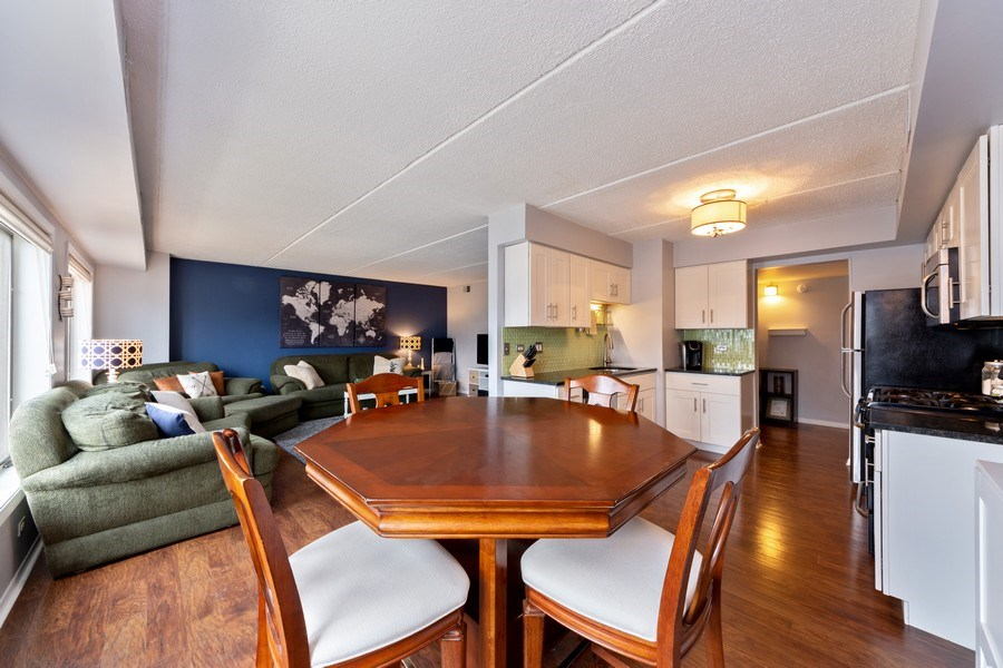 Real Estate Photography - 355 W Miner Street, Unit #2C, Arlington Heights, IL, 60005 - Kitchen/Dining