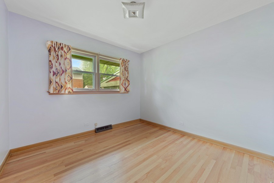 Real Estate Photography - 1616 W Grove, Arlington Heights, IL, 60005 - 3rd Bedroom