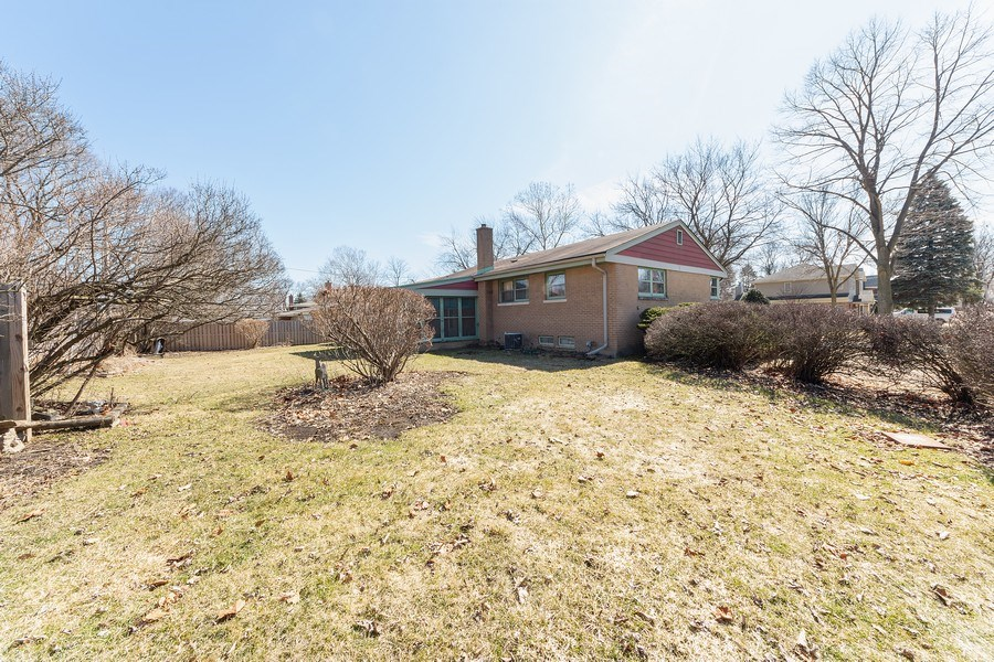 Real Estate Photography - 1616 W Grove, Arlington Heights, IL, 60005 - Rear View