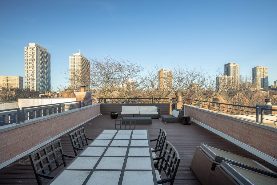 Real Estate Photography - 1912 North Hudson Avenue, Chicago, IL, 60614 - Roof Deck