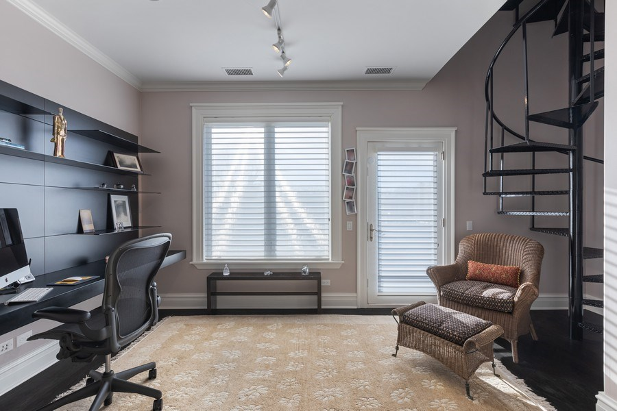 Real Estate Photography - 1912 North Hudson Avenue, Chicago, IL, 60614 - 5th Bedroom (Used As Office)