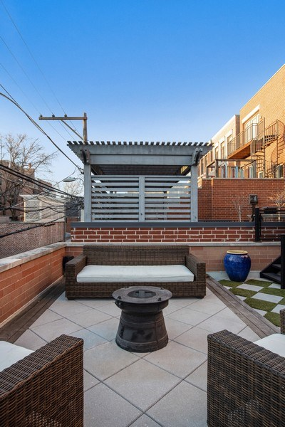 Real Estate Photography - 1912 North Hudson Avenue, Chicago, IL, 60614 - Deck Over Garage