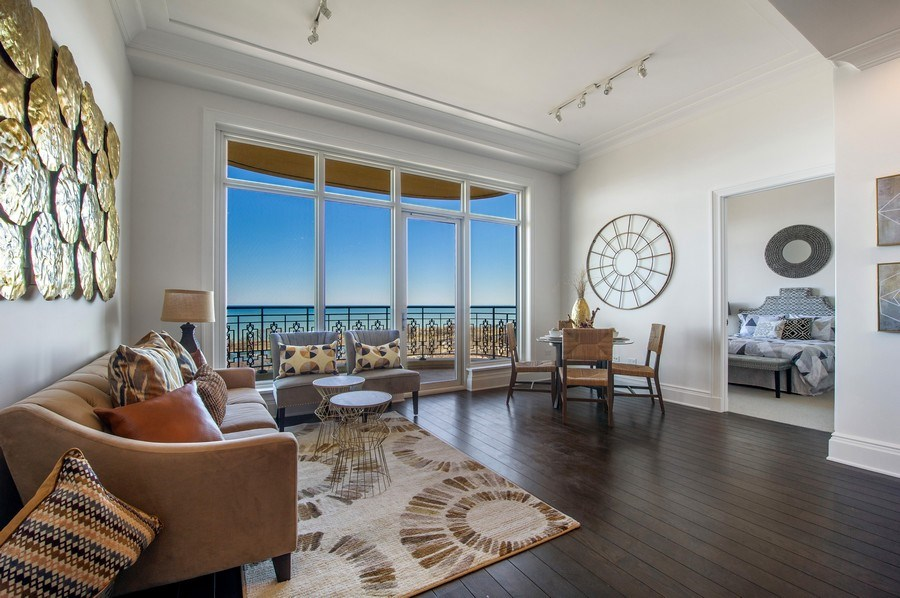 Real Estate Photography - 2550 N Lakeview #N1803, Chicago, IL, 60614 - Living Room