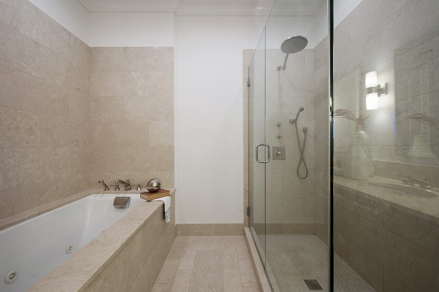Real Estate Photography - 2550 N Lakeview #N1803, Chicago, IL, 60614 - Master Bathroom