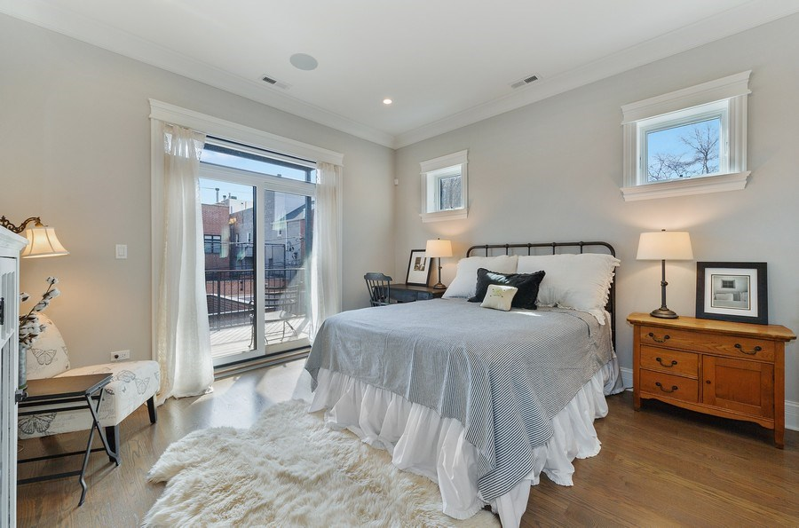 Real Estate Photography - 2307 North Greenview, 2, Chicago, IL, 60614 - Master Bedroom