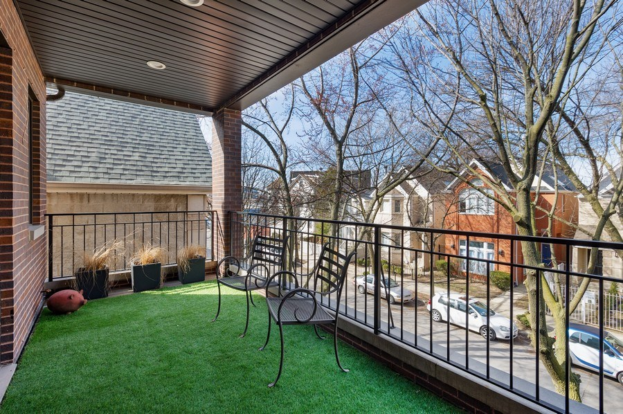 Real Estate Photography - 2307 North Greenview, 2, Chicago, IL, 60614 - Terrace
