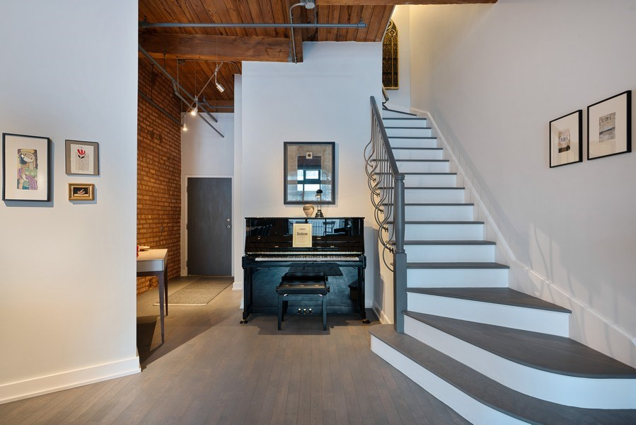 Real Estate Photography - 360 West Illinois, Unit 619, Chicago, IL, 60654 - Staircase