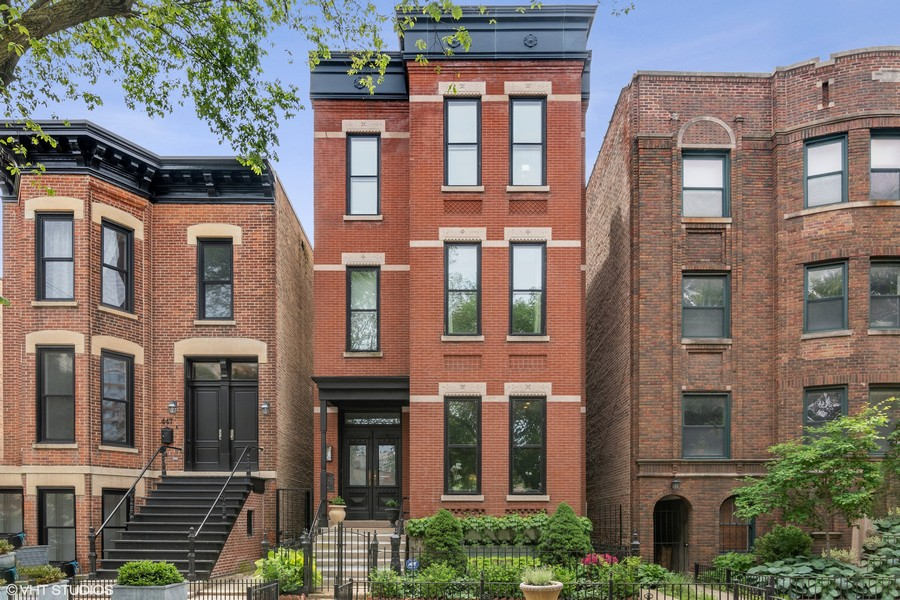 Real Estate Photography - 449 W. Webster Ave, Chicago, IL, 60614 -