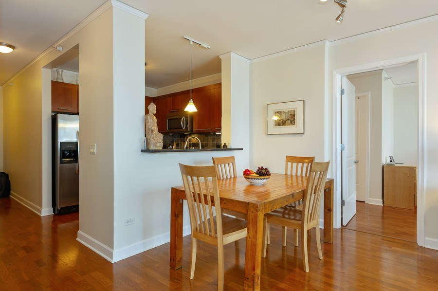 Real Estate Photography - 450 E. Waterside, #401, Chicago, IL, 60601 - Dining Room