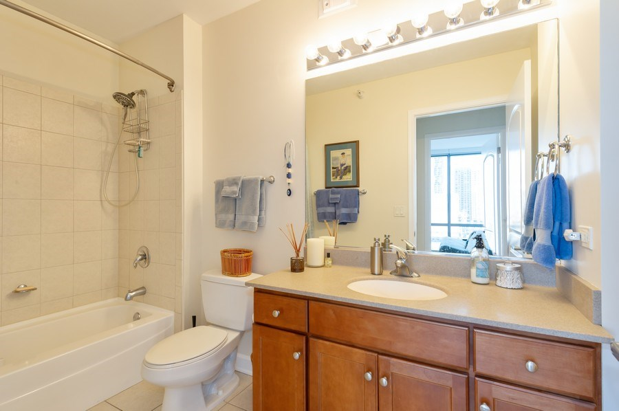 Real Estate Photography - 450 E. Waterside, #401, Chicago, IL, 60601 - 2nd Bathroom