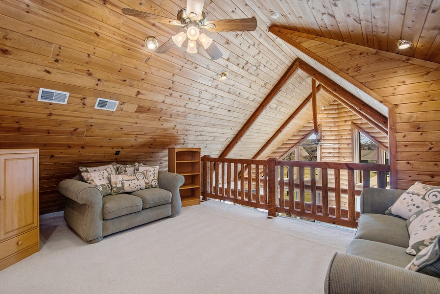 Real Estate Photography - 47644 Lakeview Drive, Lawrence, MI, 49064 - Loft