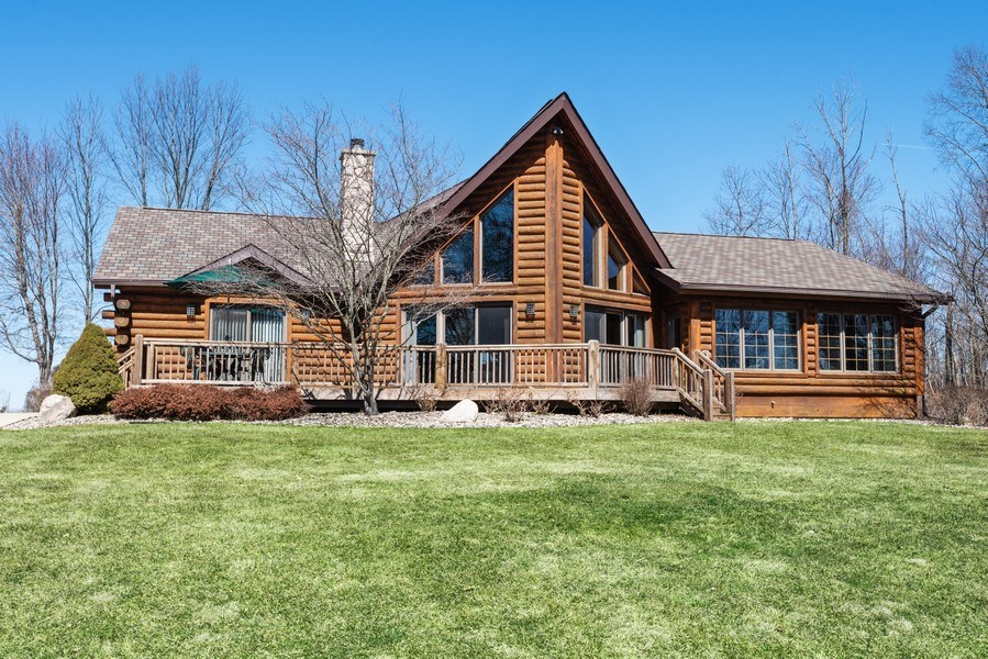 Real Estate Photography - 47644 Lakeview Drive, Lawrence, MI, 49064 - Front View