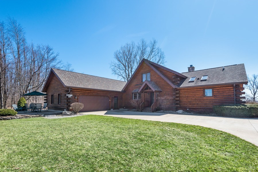 Real Estate Photography - 47644 Lakeview Drive, Lawrence, MI, 49064 - Rear View