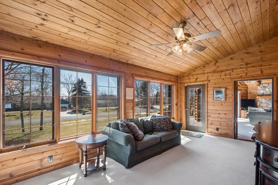 Real Estate Photography - 47644 Lakeview Drive, Lawrence, MI, 49064 - Sun Room