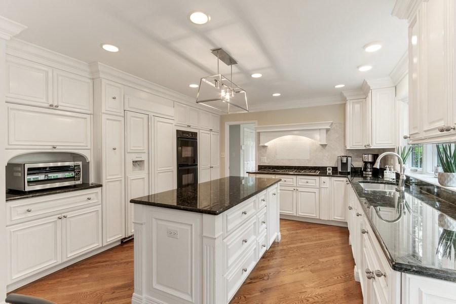Real Estate Photography - 1291 Estate Ln, Lake Forest, IL, 60045 - Kitchen