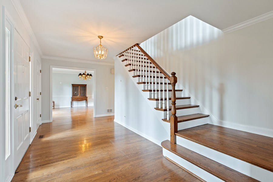Real Estate Photography - 1291 Estate Ln, Lake Forest, IL, 60045 - Foyer