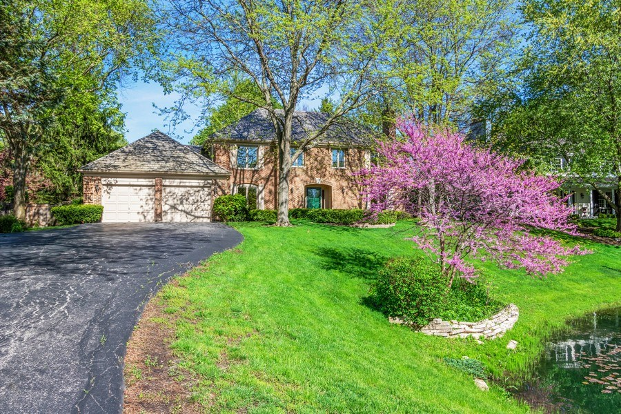 Real Estate Photography - 1291 Estate Ln, Lake Forest, IL, 60045 - Front View