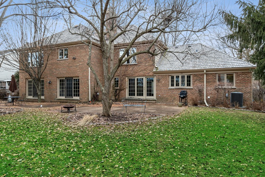 Real Estate Photography - 1291 Estate Ln, Lake Forest, IL, 60045 - Rear View