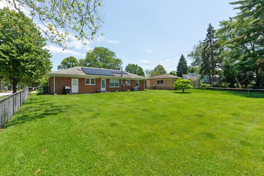 Real Estate Photography - 702 S Chestnut, Arlington Heights, IL, 60005 - Rear View
