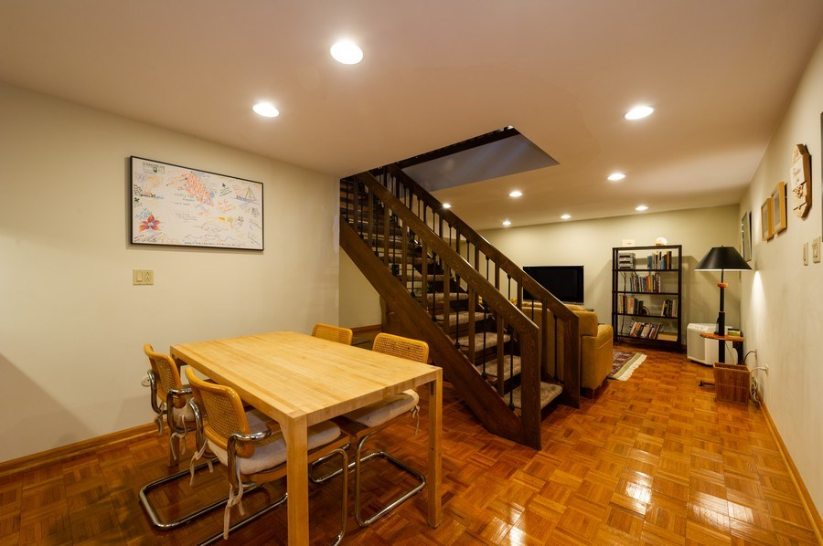 Real Estate Photography - 1561 Winnetka Rd, Glenview, IL, 60025 - Family Room