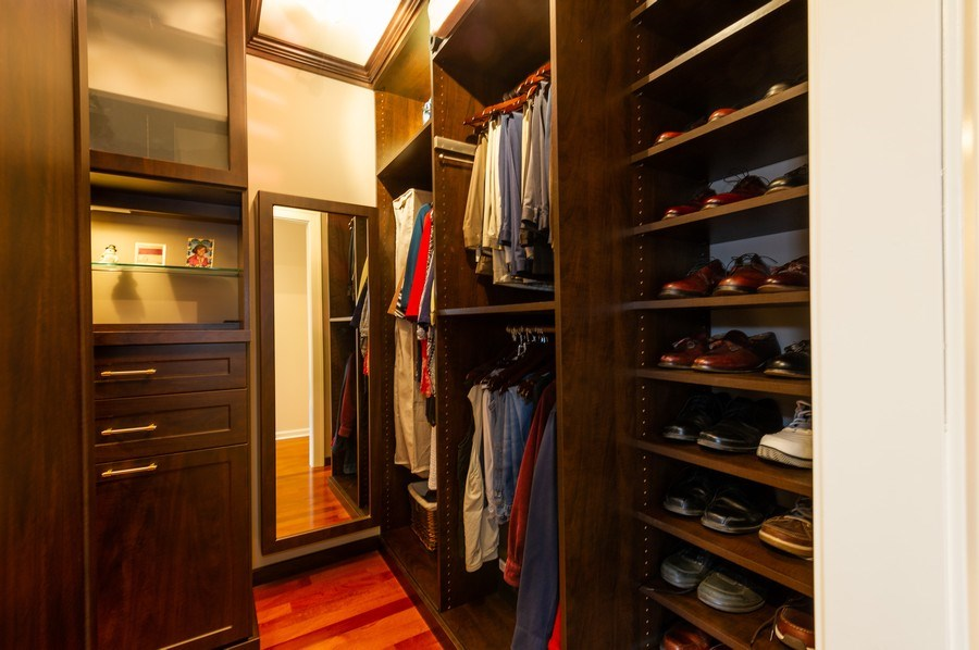 Real Estate Photography - 1561 Winnetka Rd, Glenview, IL, 60025 - Master Bedroom Closet