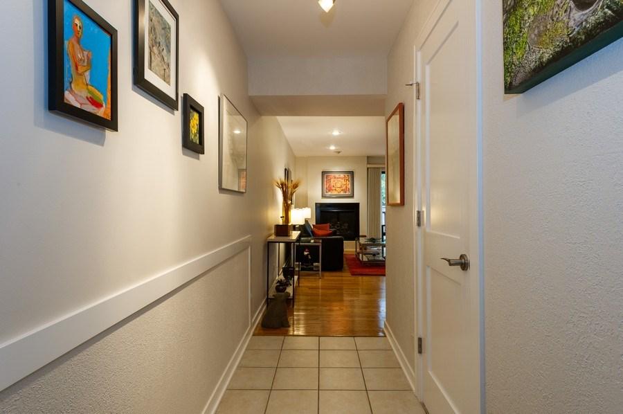 Real Estate Photography - 1561 Winnetka Rd, Glenview, IL, 60025 - Hallway