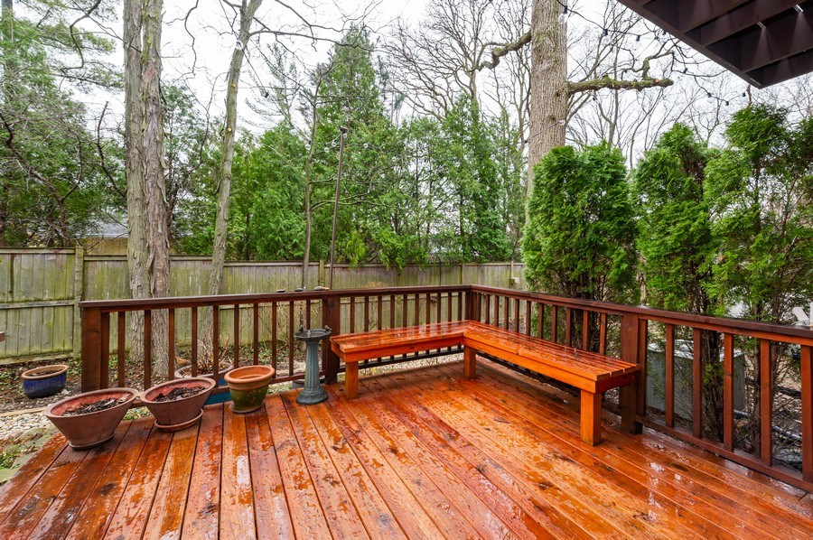 Real Estate Photography - 1561 Winnetka Rd, Glenview, IL, 60025 - Deck