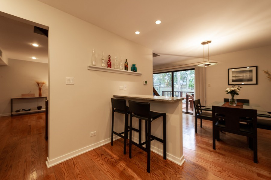 Real Estate Photography - 1561 Winnetka Rd, Glenview, IL, 60025 - Kitchen/Dining